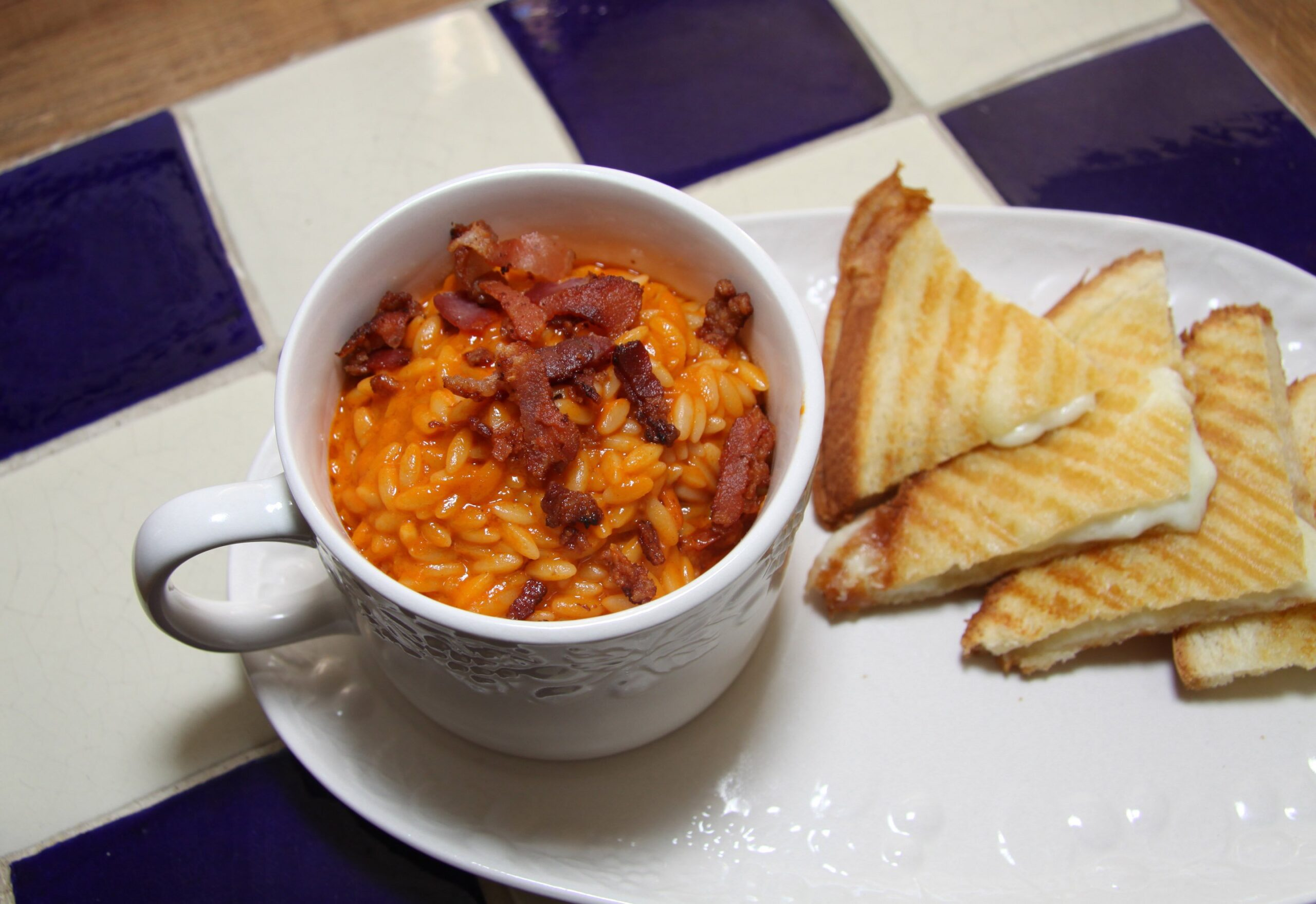roasted bell peppers and tomatoes soup with grilled cheese sandwiches