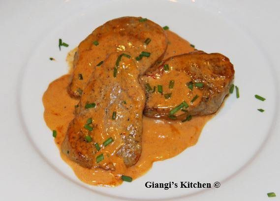 Medallions of pork tenderloin with creamy guajillo sauce