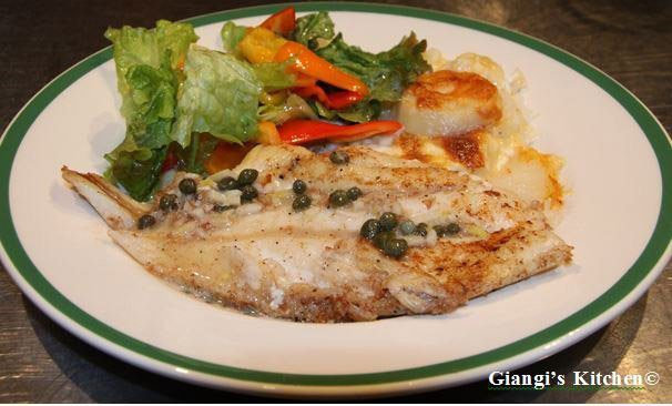 orange roughy with cap, garlic and vermouth