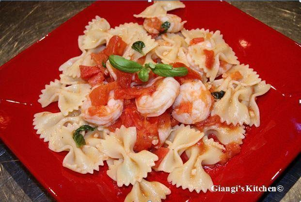pasta with shrimps, tomatoes sauce