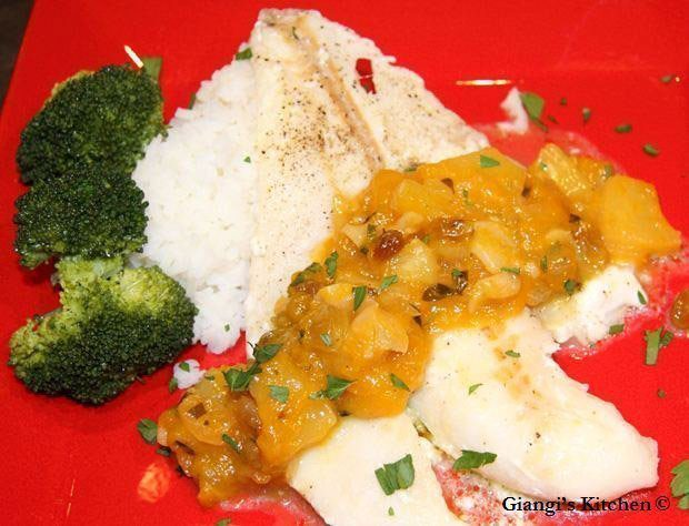 lime fish with garlic mangoes sauce