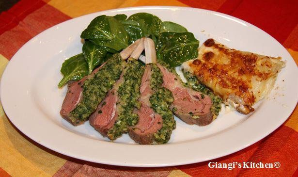 rack of lamb with parsley