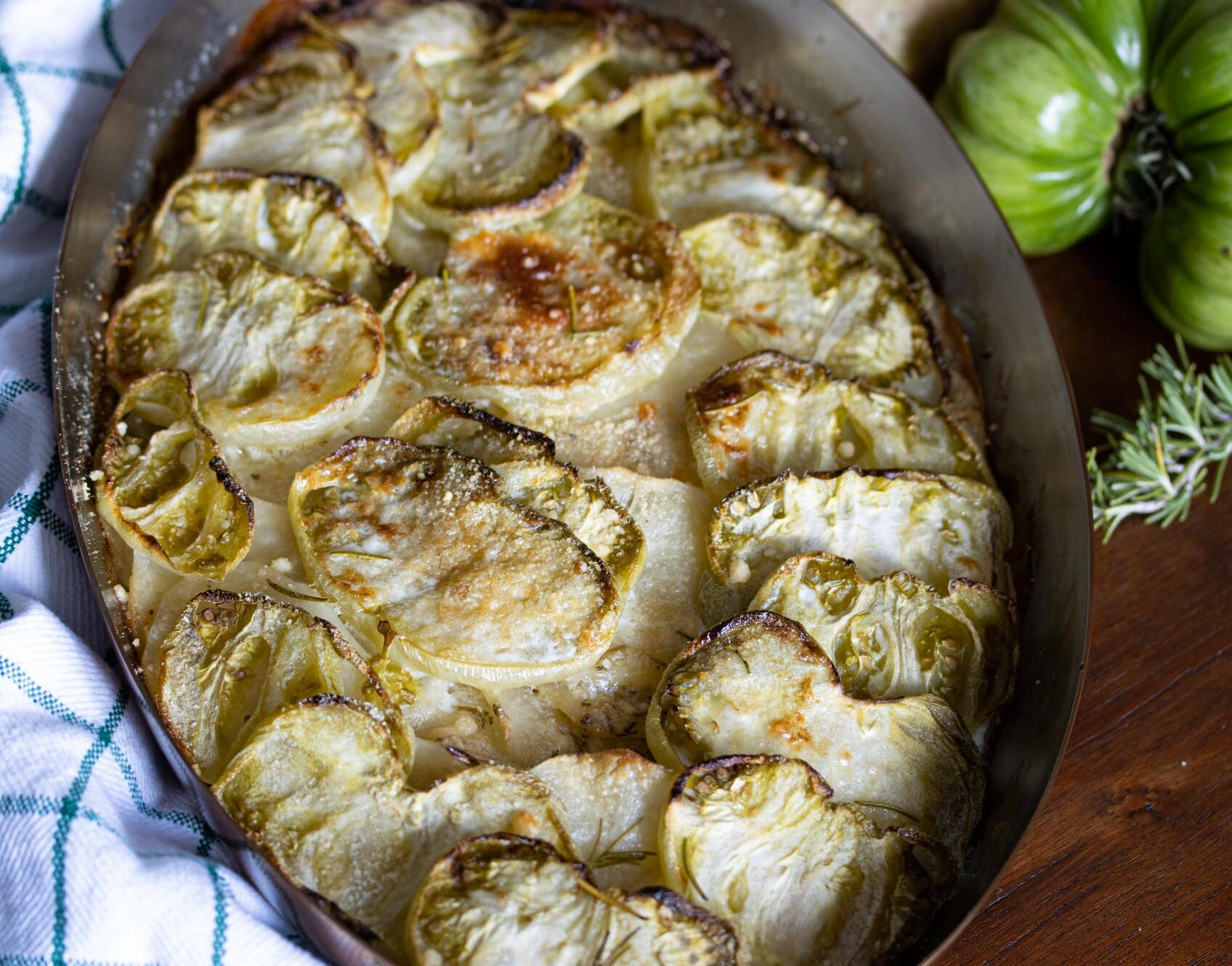 Potato and green tomato gratin
